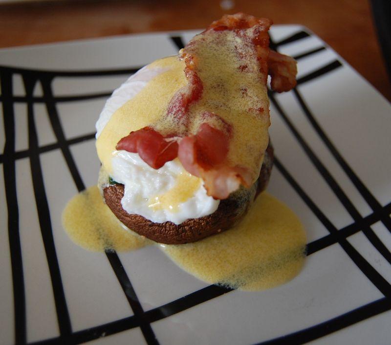 Eggs benedict#8